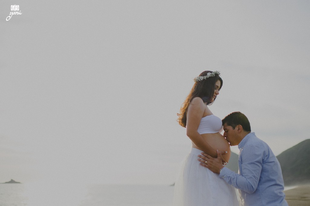 Mom_To_Be_Vanessa_&_David_Waiting_For_Daniel_Campos_Manzanillo_YaRu_Photo_Motion_R-43