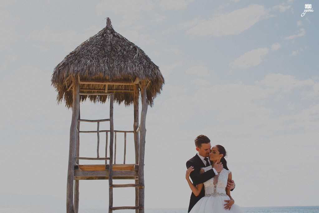 Wedding_Day_Peter_&_Cinthia_Puerto_Vallarta_Hotel_San_Buenaventura_YaRu_Photo_Motion_Destination_Wedding_Photographers_R-63