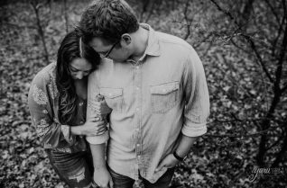cropped-cropped-engagement_session_m_h_lone_star_lodge_and_marina_pilot_point_texas_yaru_photo_motion_r-54.jpg