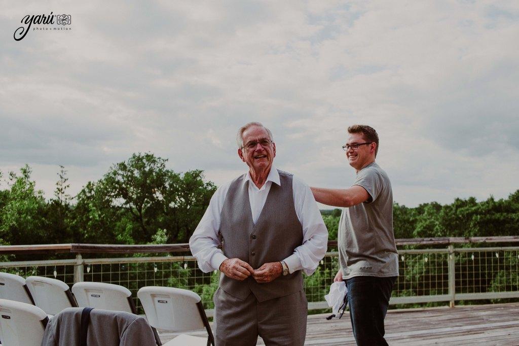 Preview_WeddingDay_Mallory_&_Hank_YaruPhotoMotion_R-3