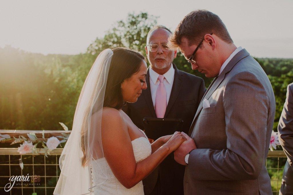 Preview_WeddingDay_Mallory_&_Hank_YaruPhotoMotion_R-52