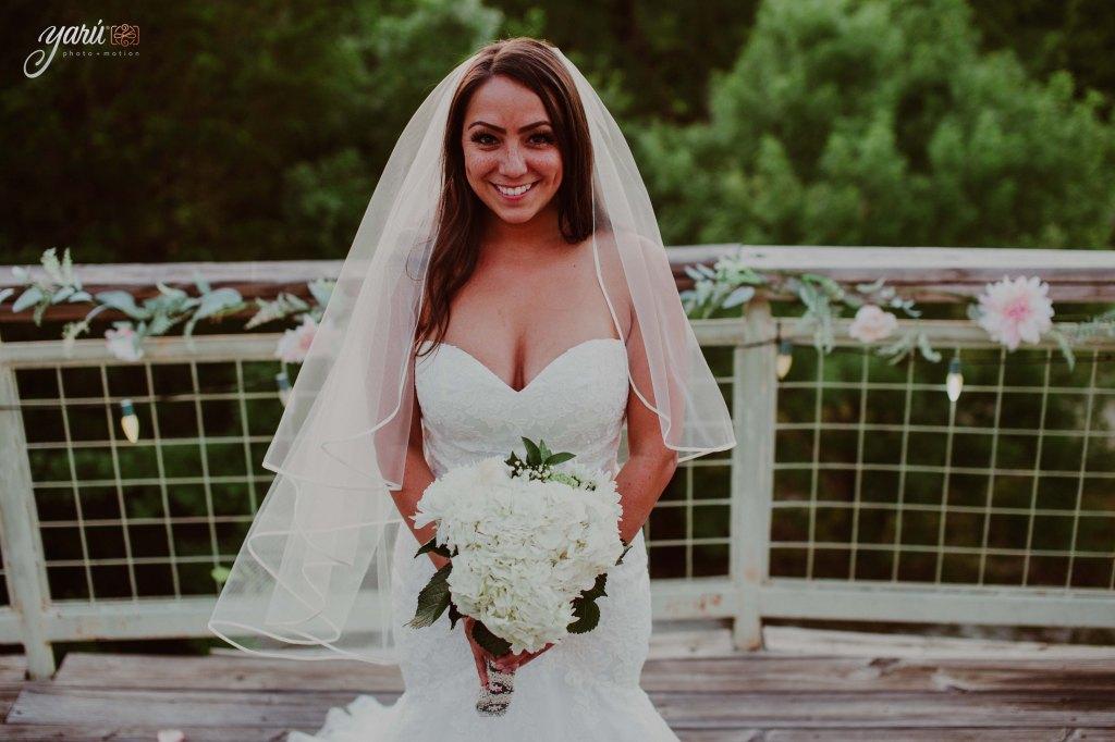 Preview_WeddingDay_Mallory_&_Hank_YaruPhotoMotion_R-71