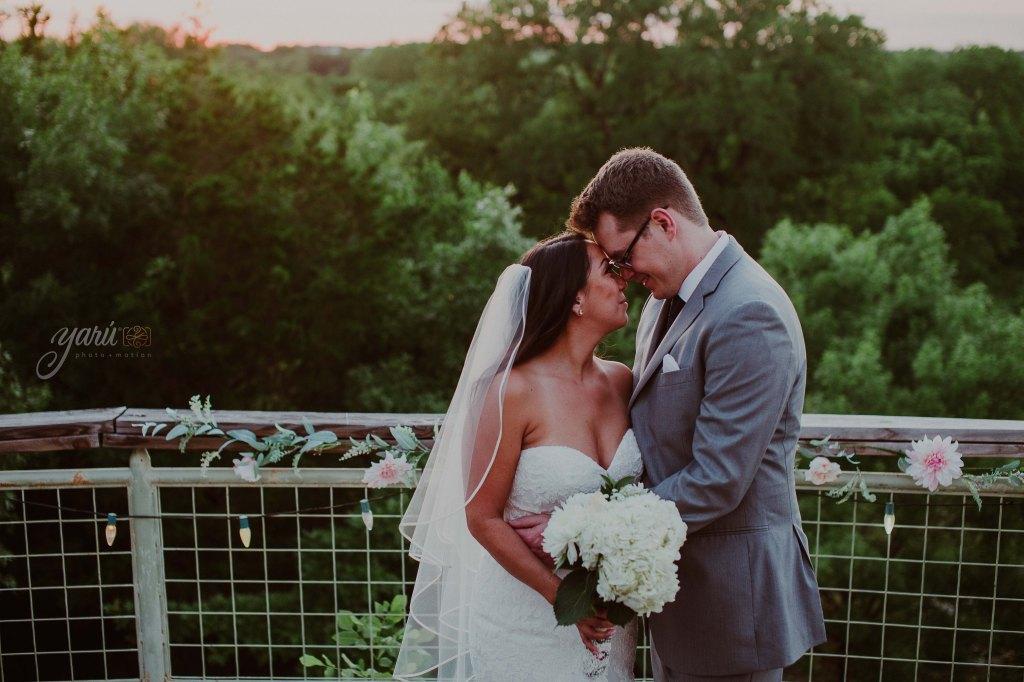 Preview_WeddingDay_Mallory_&_Hank_YaruPhotoMotion_R-74